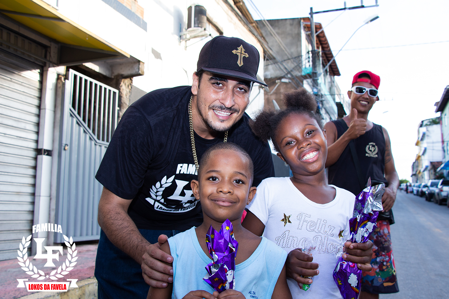 Kaos Mc delivers smiles to the kids of the Favela in Brazil
